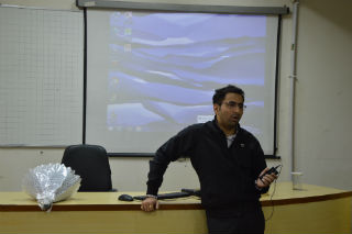 GUEST SESSION SUPPLY CHAIN MANAGEMENT IN E-COMMERCE