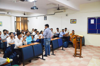 Guest Lecture on B-Schools to Corporate for PGDM-RM(2017-19)