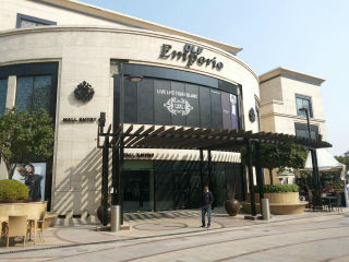 JIMS Students  Field Visit to DLF Emporio and DLF Promenade