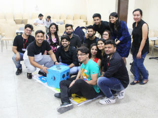 JIMS The Retail Club of JIMS Creador organized an activity Cobra De Escada - Rolling for Brands